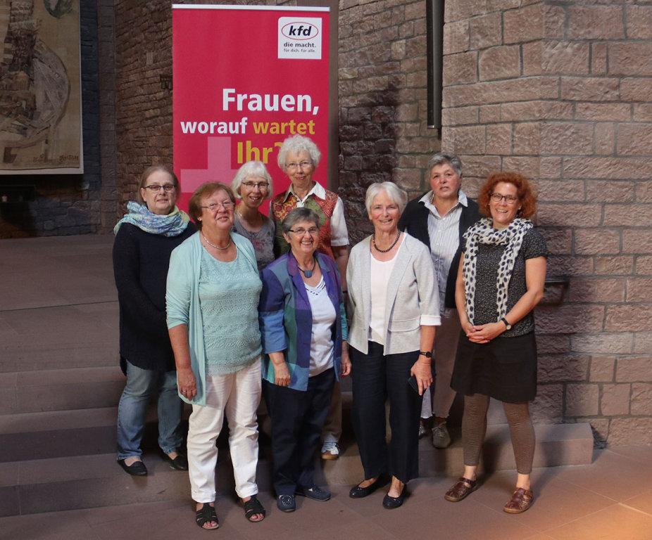 Karlsruhe frauen treffen