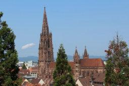 Freiburg südwest kirche evangelische Über uns